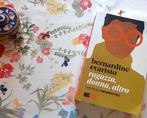 Recensioni libri letteratura africana, Afrologist